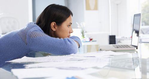 5 Negatywnych Stron Pracy w Domu