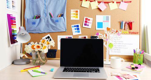 Jak o małych kosztach założyć i prowadzić biuro
