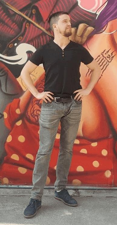 Kevin Meng Profil Autora