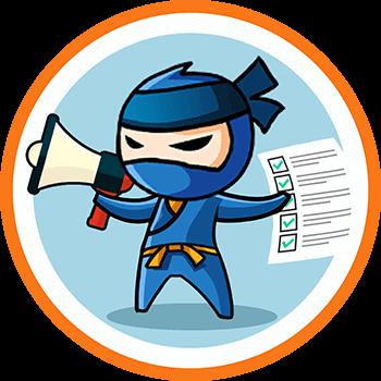 ninja trzymający megafon